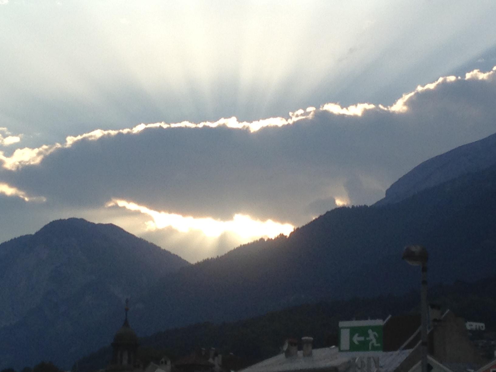 Wolken über Innsbruck